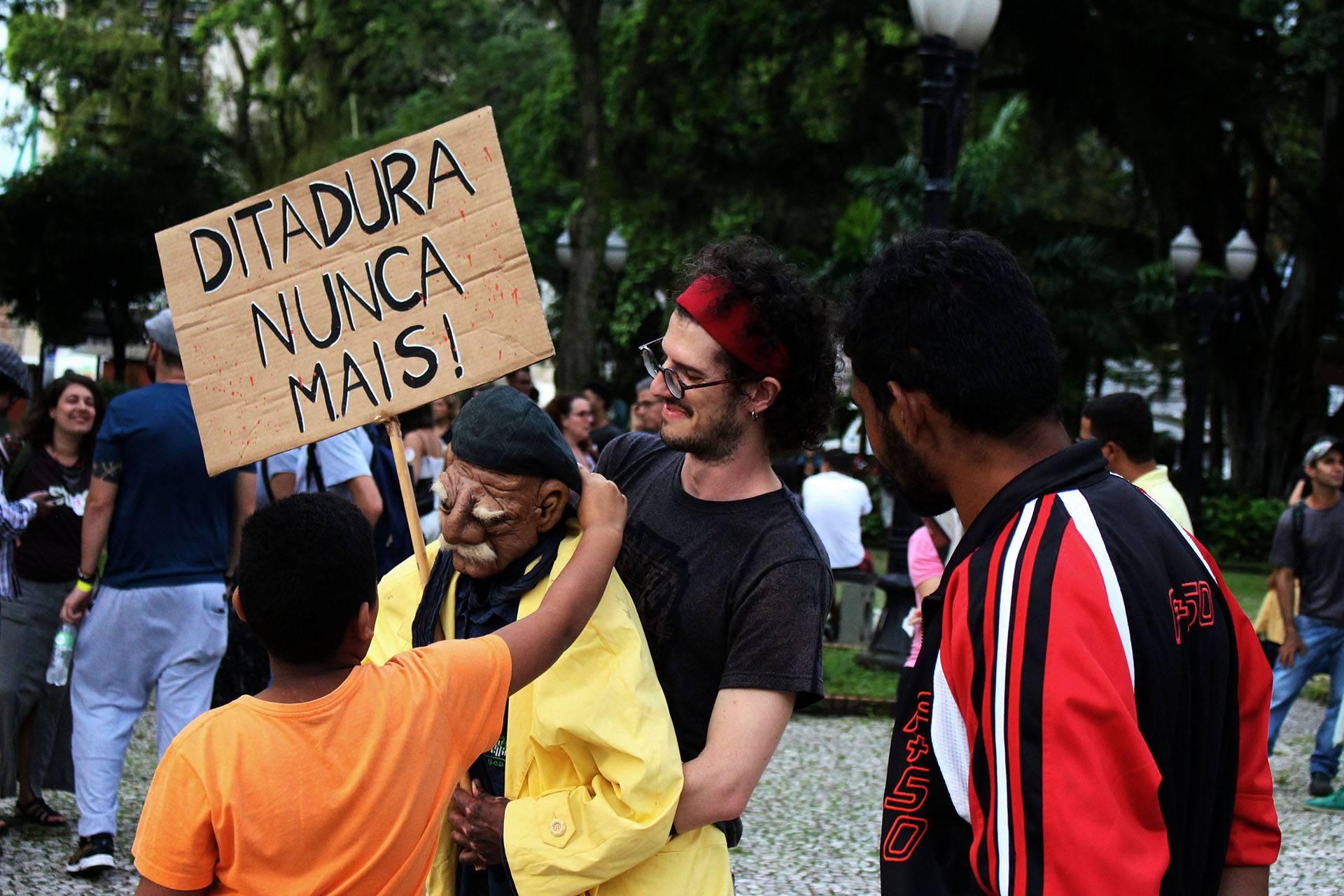 www.juicysantos.com.br - descobrindo o centro de santos pelos trilhos do bonde