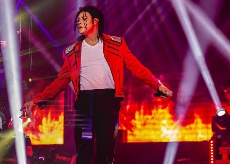 www.juicysantos.com.br - tributo a Michael Jackson em Santos