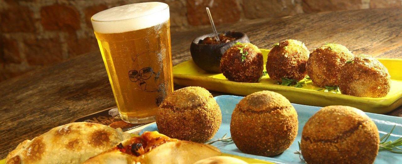 www.juicysantos.com.br - petiscos e cerveja quintal da veia