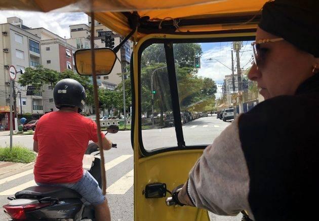 juicysantos.com.br - tuk-tuk em Santos
