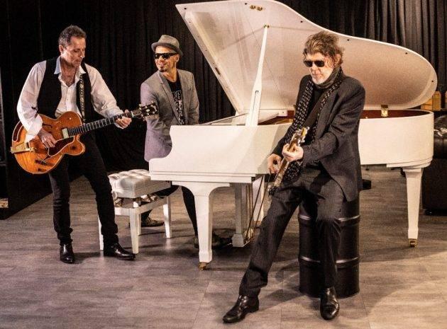 juicysantos.com.br - Titãs trio acústico em Santos