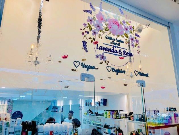 www.juicysantos.com.br - cosméticos veganos e naturais em santos na lavanda & rosa no shopping parque balneário