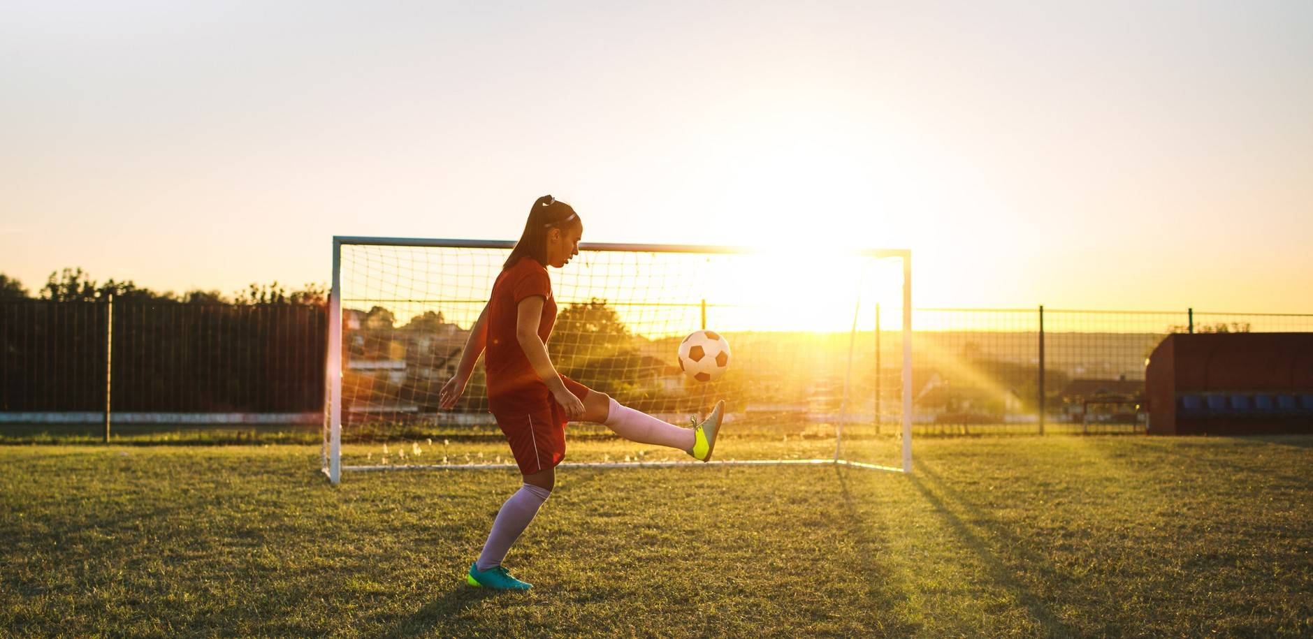 www.juicysantos.com.br - escolas de futebol feminino em santos