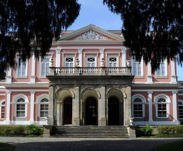 www.juicysantos.com.br - museu imperial de petropolis para visitar no inverno