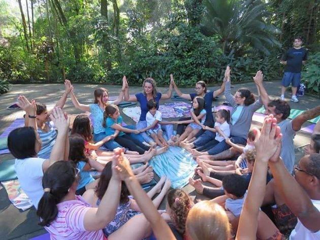 www.juicysantos.com.br - yoga para crianças em santos sp