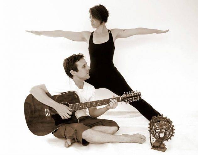 www.juicysantos.com.br - dia da yoga grátis em santos grupo so ham