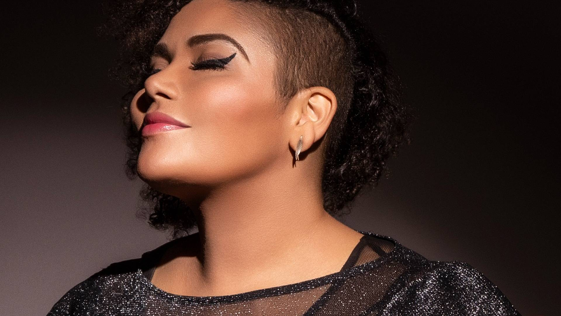 www.juicysantos.com.br - alma thomas no santos jazz festival 2019 cantando nina simone