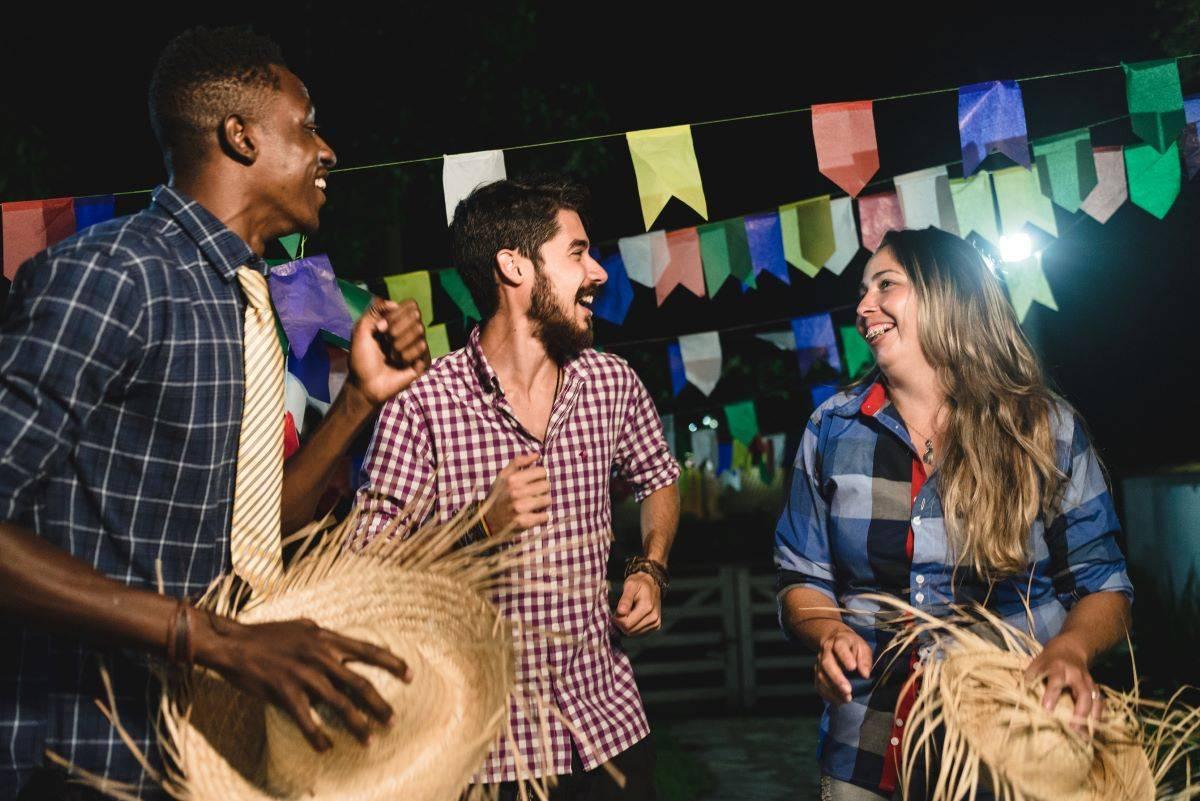 www.juicysantos.com.br - melhores festas juninas e quermesses em santos