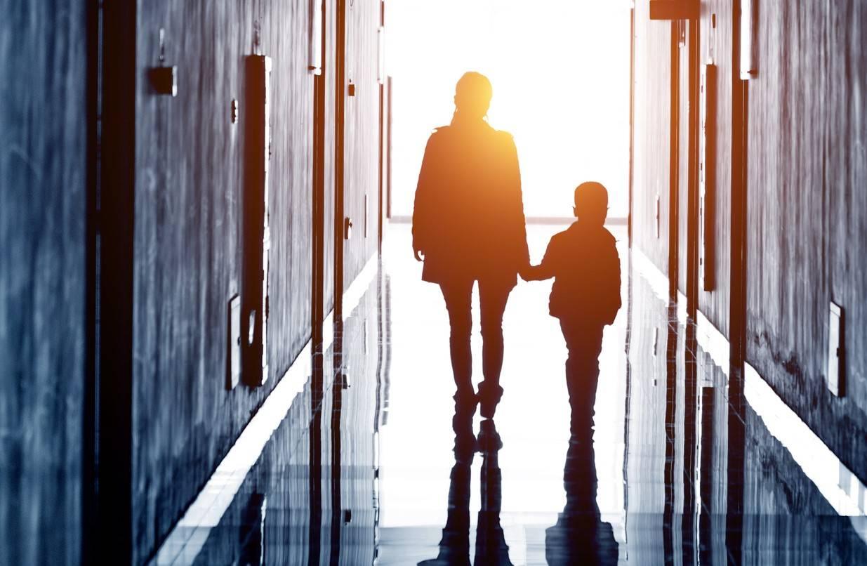 Monteiro & Valente - Advogados em Jundiaí e Região - Perco a guarda dos meus filhos se eu abandonar meu lar?