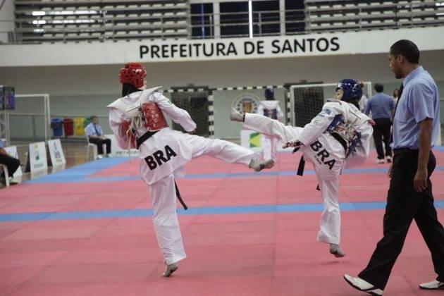 juicysantos.com.br - vagas na Arena Santos