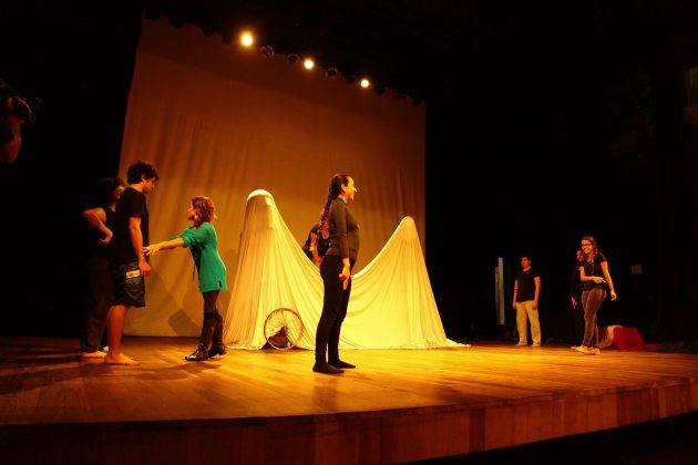 www.juicysantos.com.br - escola de teatro wilson geraldo em santos
