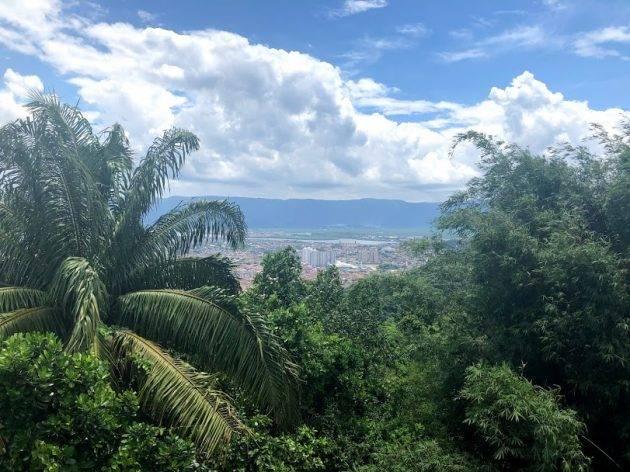 juicysantos.com.br - paraglaider em São Vicente