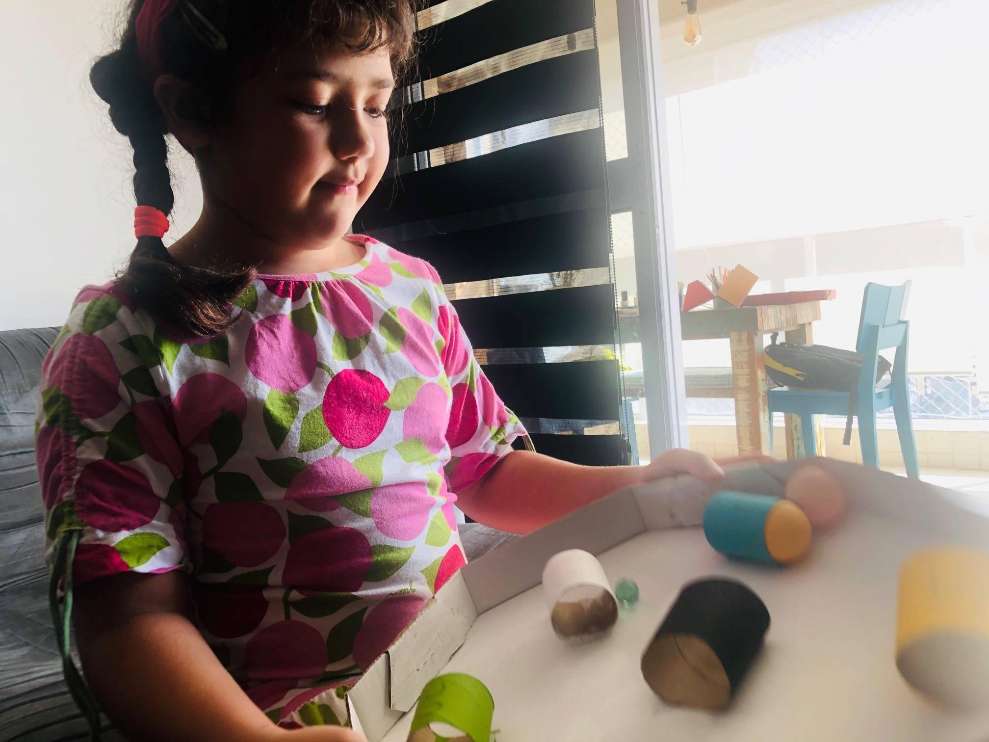 www.juicysantos.com.br - atividades para crianças em casa brinquedo de sucata