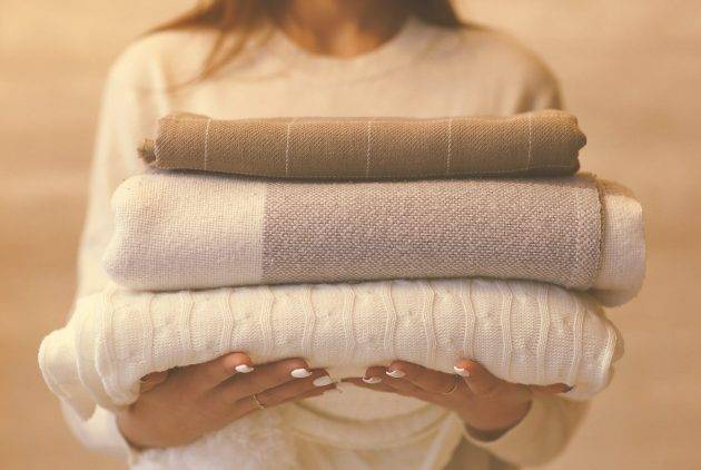 www.juicysantos.com.br - campanha do agasalho 2020 em santos como ajudar com cobertores novos por causa do coronavírus