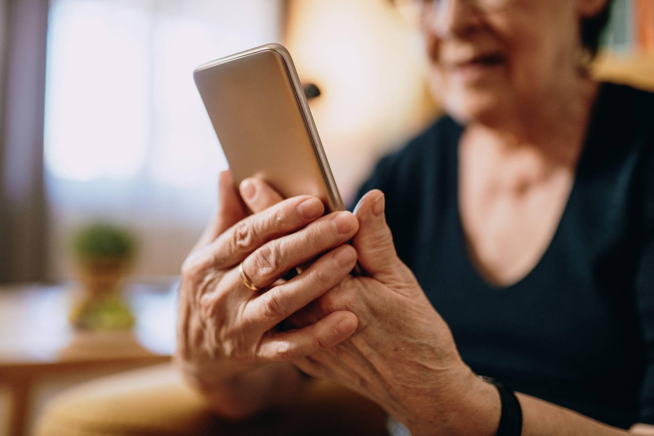 www.juicysantos.com.br - avós conectadas
