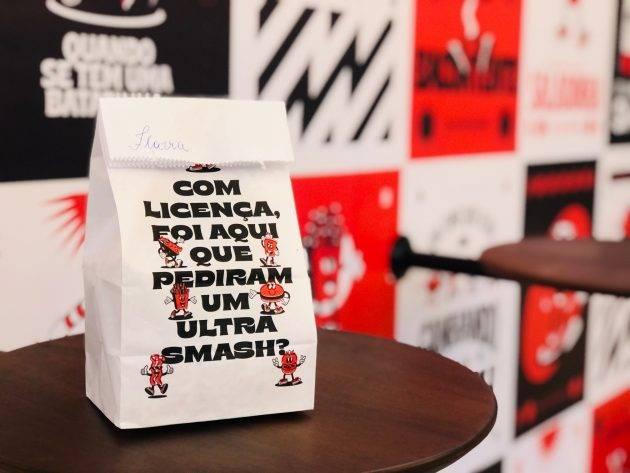 www.juicysantos.com.br - charlie's ultra smash, o primeiro ultra smash burguer de santos
