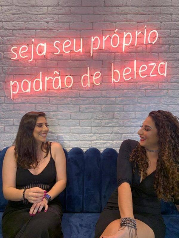juicysantos.com.br - maquiagem airbrush em Santos