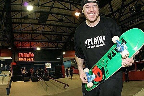 www.juicysantos.com.br - chorão skate park